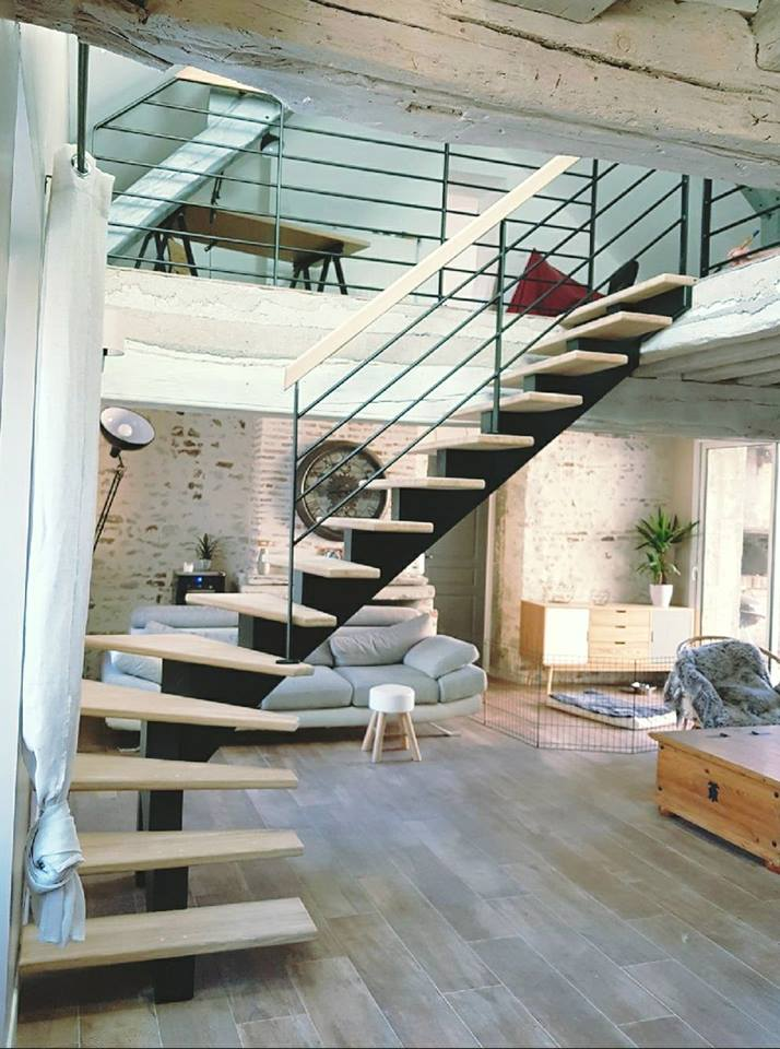 modele escalier peint simple escalier peint en gris peindre escalier bois en gris de lescalier. Black Bedroom Furniture Sets. Home Design Ideas